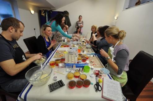 Cupcake decorating classes in Leamington Spa, Warwickshire