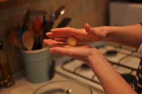 Rolling the truffle balls