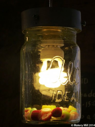 Sweet jar light